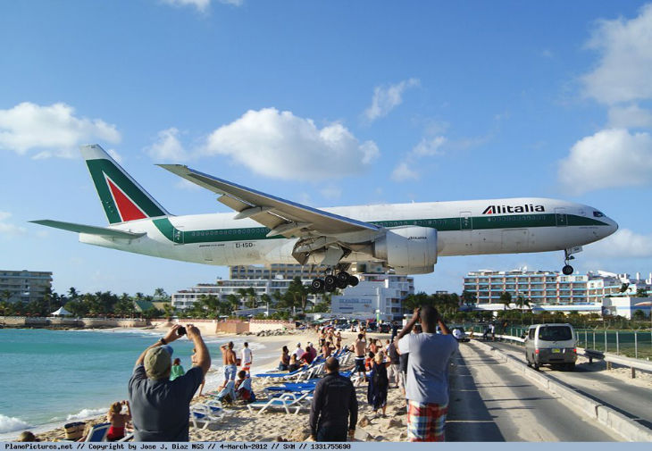 Bandara internasional Princess Juliana