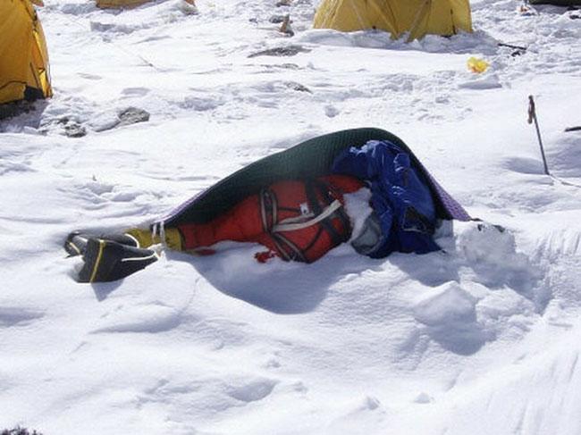 Mount Everest dead bodies at ABC