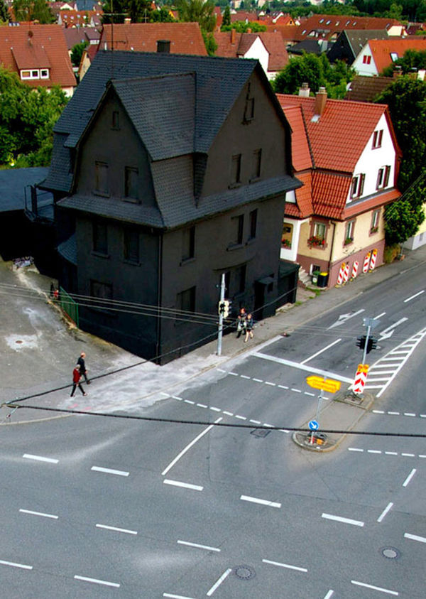 The Haus in Schwarz