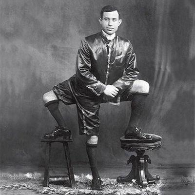 The three-legged man