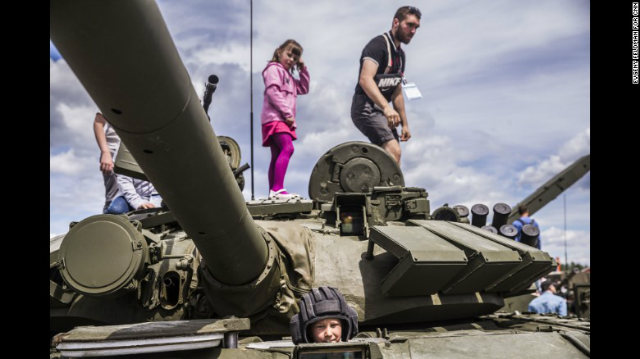 Military Disneyland Allows Visitors To Use Military Weapons