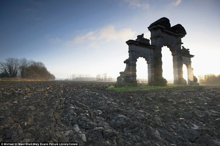 Chateau de Soupir in northern France, World war 1 battlefield pics after 100 years