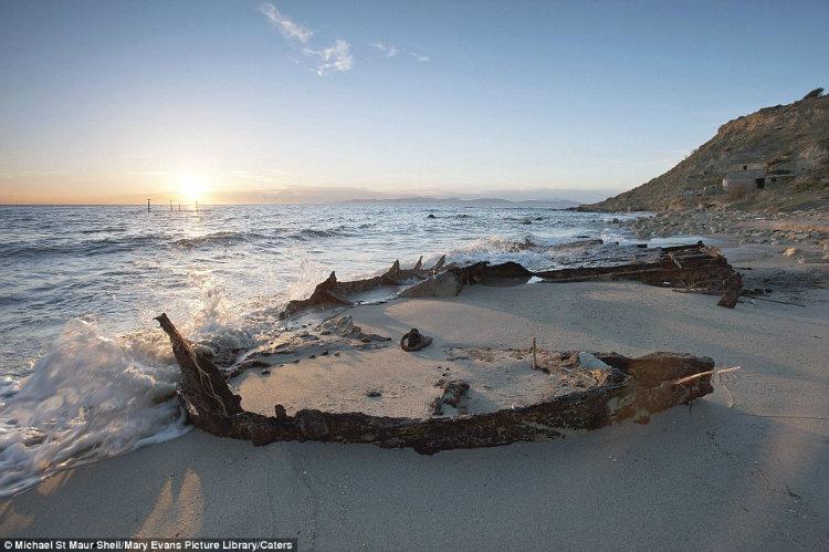 W Beach at Gallipoli, Michael St. Maur Sheil