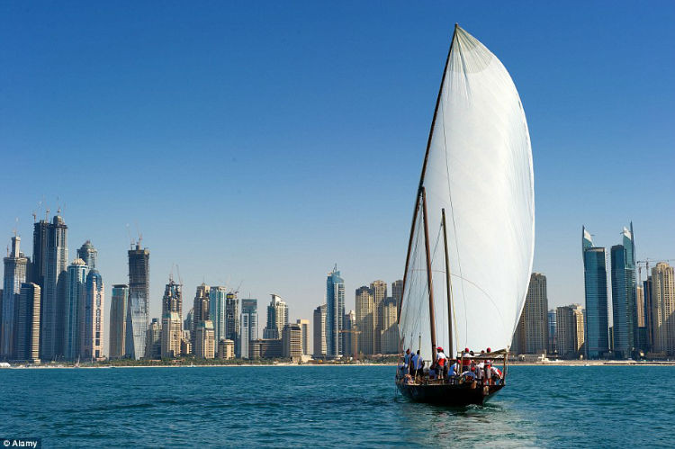 A crew taking part in a traditional dhow race Dubai2