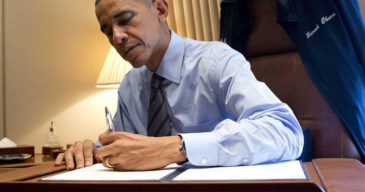 Left-handed Obama
