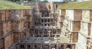 1000 years old Stepwell
