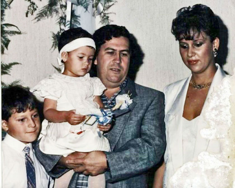 Family picture of Pablo Escobar
