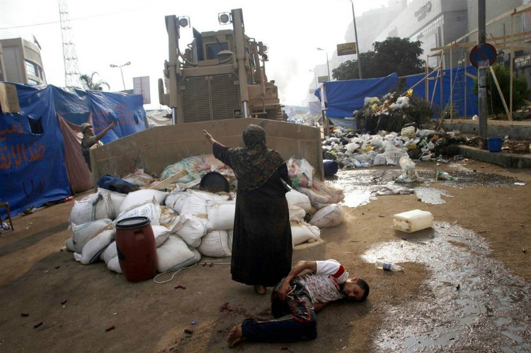 Cairo woman with bulldozer