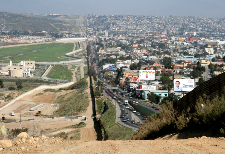 USA and Mexico Border