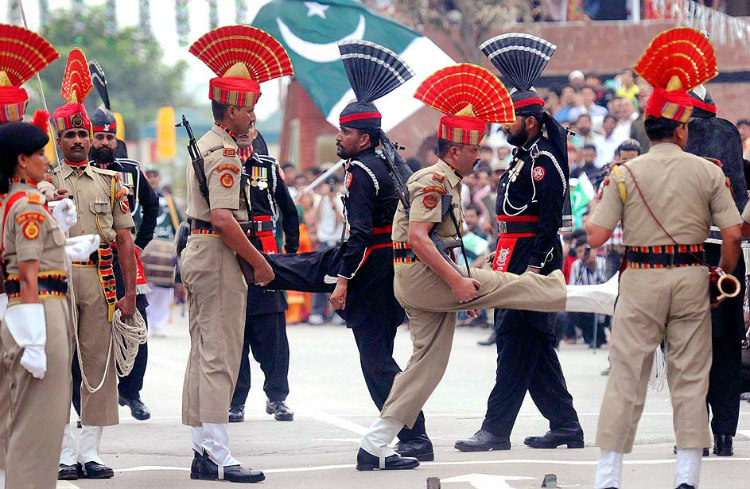India-Pakistan Border Closing Cremony