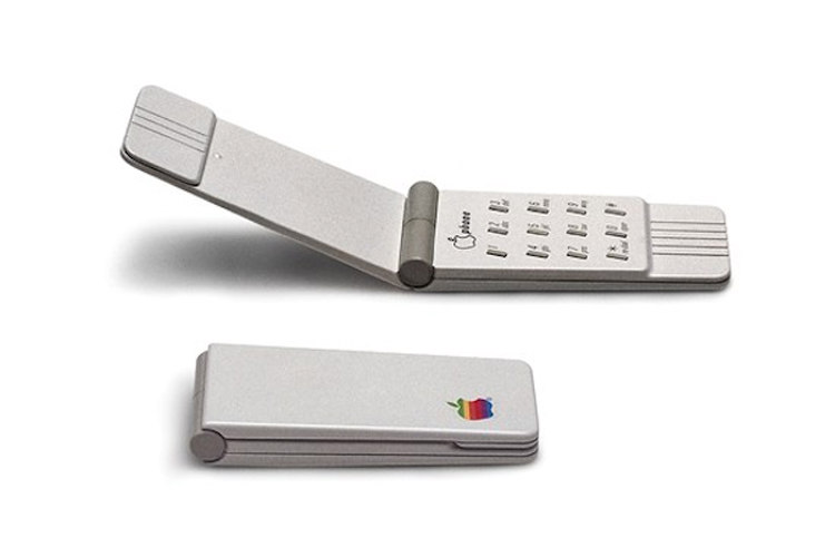Apple's Flip Phone