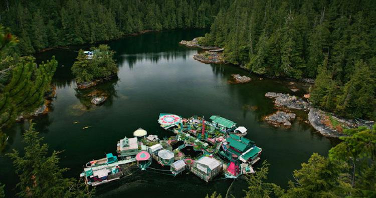 Floating Island Home