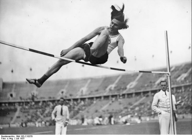 Dora Ratjen Doing High Jump