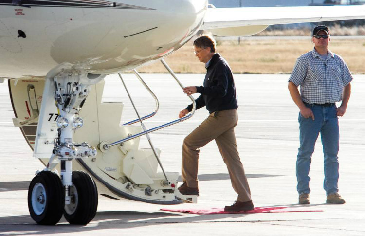 Bill Gates' Private Jet