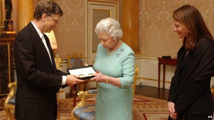 Bill Gates Recieves Knighthood from the Queen