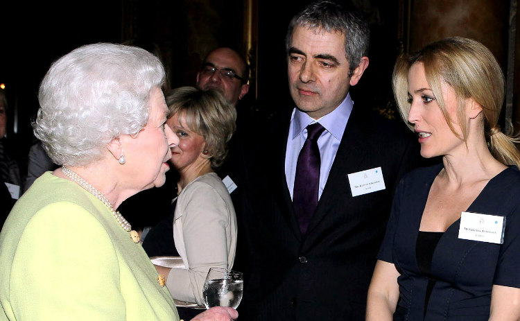Rowan Atkinson with the Queen