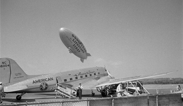 Douglas DST airliner