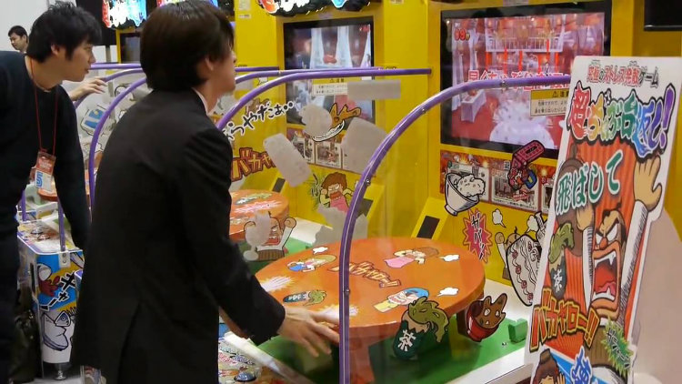 Super Table Flip arcade game
