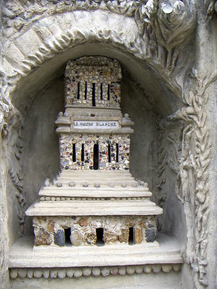 Palais Idéal Detail, Maison Blanche