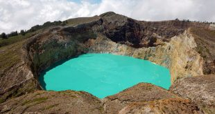 Lakes of Kelimutu