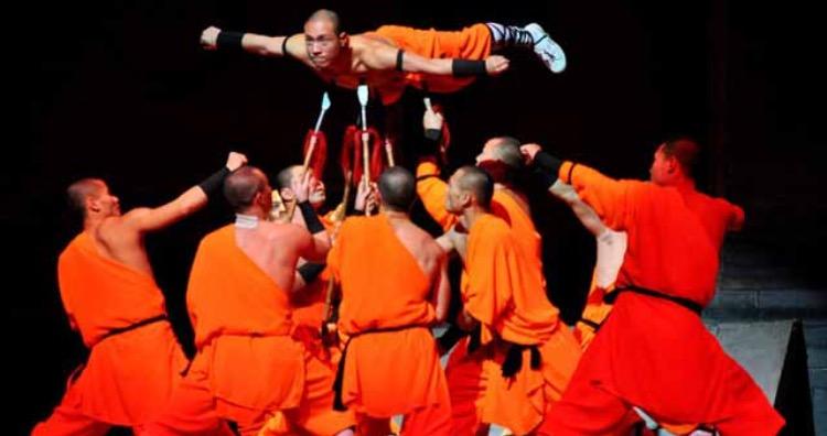 A Shaolin Monk suspending himself on spears