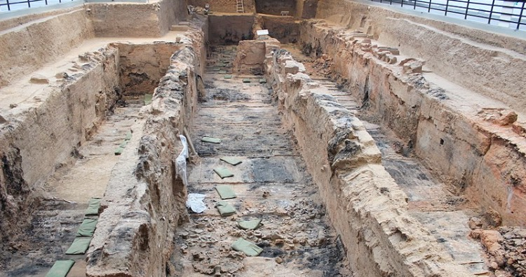 Tomb of the First Emperor Qin Shi Huang Di