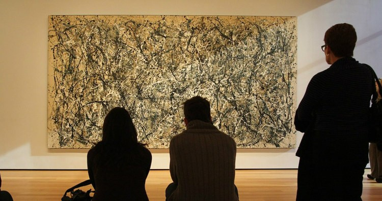 People Looking at Jackson Pollock's Number 31