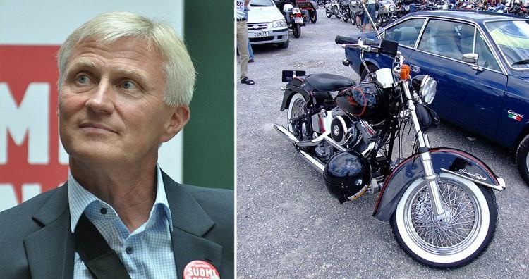 Anssi Vanjoki and Harley-Davidson Heritage Softail