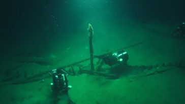 shipwrecks found at the bottom of the black sea