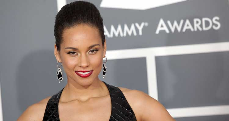 Singer Alicia Keys encourages fans to wear masks