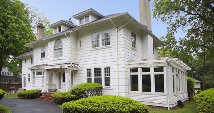 Aubrey Lewis's house